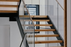 wood mono stringer stairs